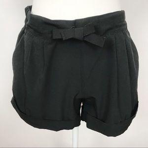 Lululemon | Shorts | 8 | Black